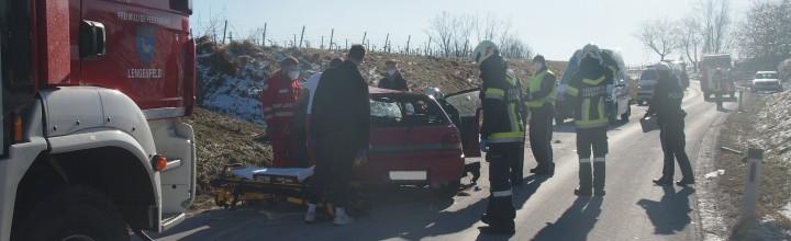 Verkehrsunfall zwischen Lengenfeld und Stratzing